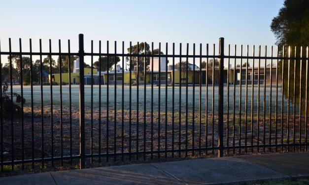 Schools in Altona