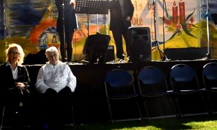 Carols by Candlelight Altona 2012