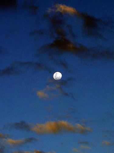 Cherry Lake Moon 00