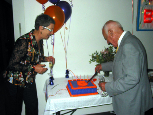 Jack Joel cutting the cake 03