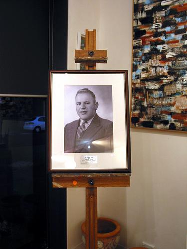Dr Louis Joel 1943 Plaque