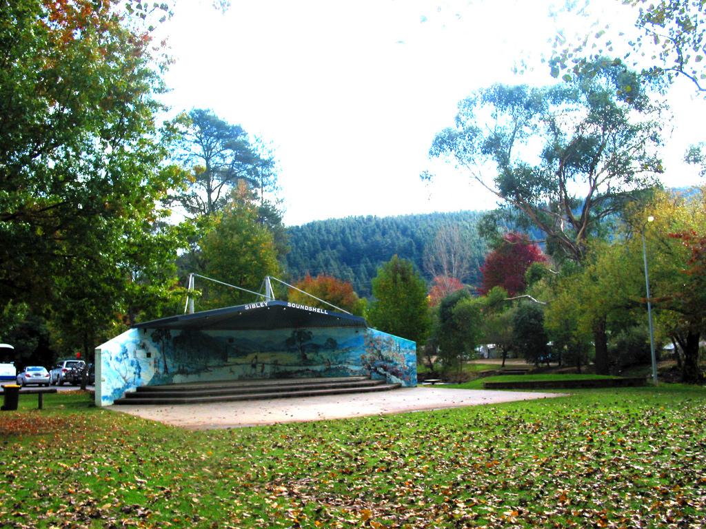 Howitt Park - Sibley Soundshell