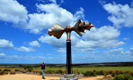 The Largest Antenna in Altona