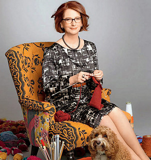 Julia Gillard knitting royal kangaroo